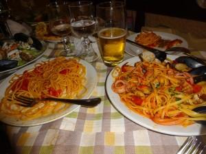 ペスカトーレとポモロードスパゲッティ