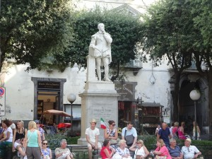 タッソ広場の肖像