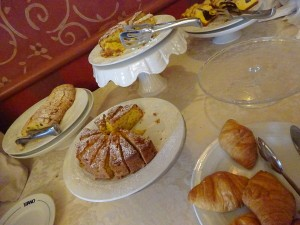 ホテルティターノの朝食 タルト